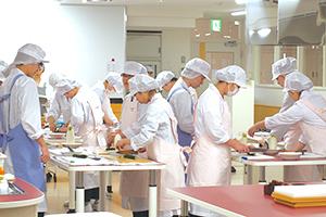 札幌保健医療大学2栄養学科