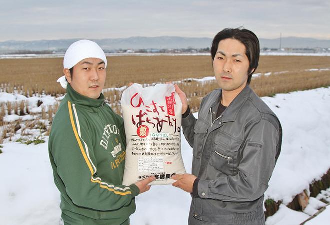 髙橋伯尚社長(右)と兄・髙橋正明氏